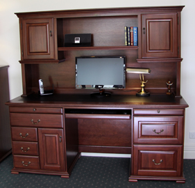 bridgeton-desk-and-hutch